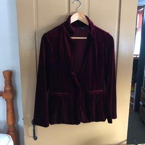 Women's burgundy velvet blazer.